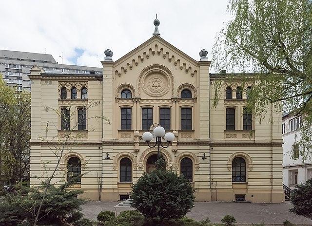 Nożyk Synagogue in Warsaw