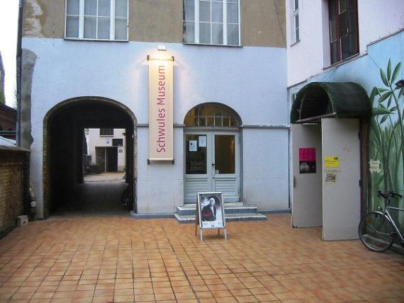 Schwules Museum = Gay Museum